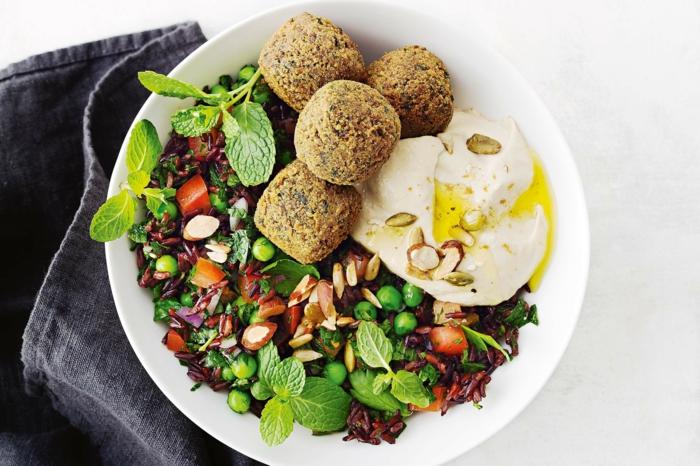 rezept schwarzer reis ideen zum zubereiten frikadellen aus reis und kartoffeln eier puschiert gemüse