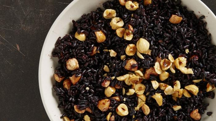 rezepte mit schwarzem reis idee für gestaltung mit nüssen leckere gerichte für viel energie vegan
