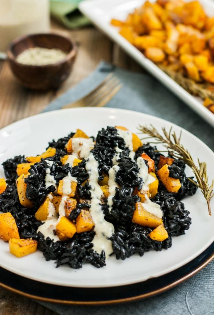 rezepte mit schwarzem reis ideen für reis mit kartoffeln und mango rosmarin und weiße soße