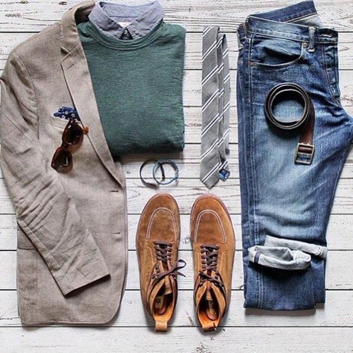 gehobene freizeitkleidung für männer elegante herren jeans blazer pulli und hemd krawatte brille