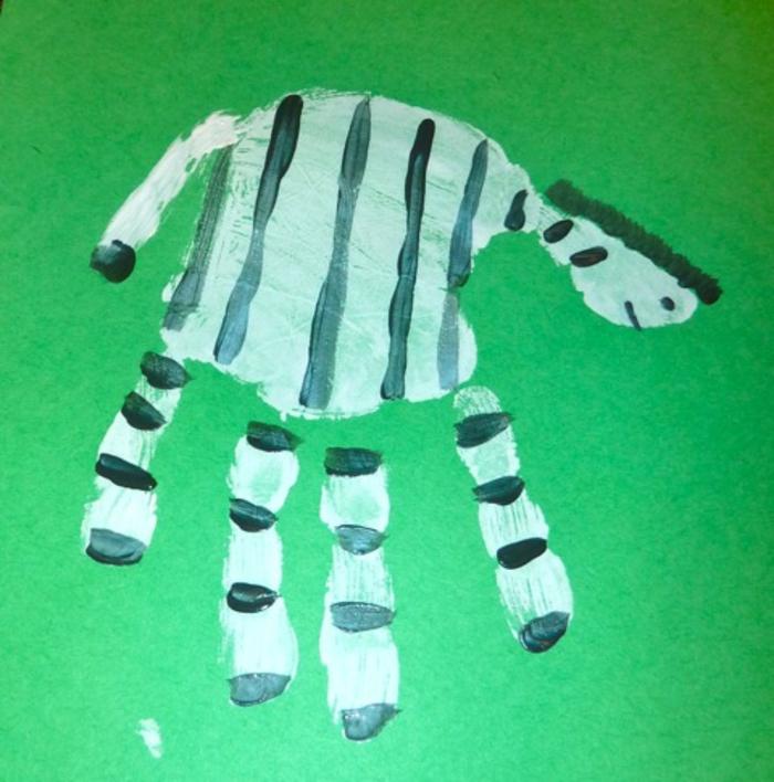 tolle handabdruck bilder - ein schönes zebra