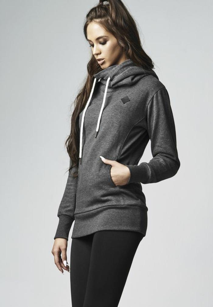 ein cooles, graues Sweatshirt für Damen von Urban Classics