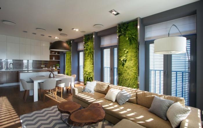 eine Ein-Zimmer-Wohnung mit selbstgemachten Moosbildern