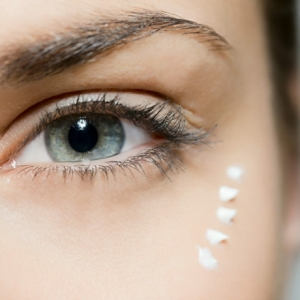 Augencreme selber machen: die Wirkung der Naturkosmetik erfahren