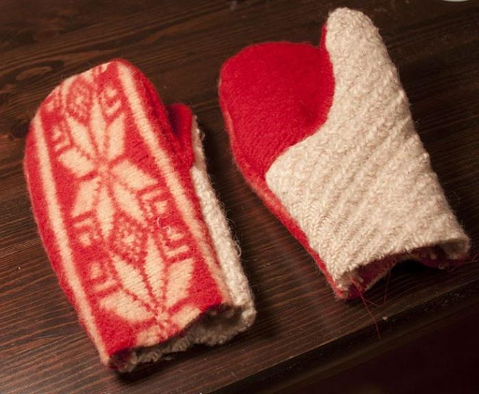 upcycling ideen für fäustlinge, diy handschuhe rot und weiß aus altem pulli