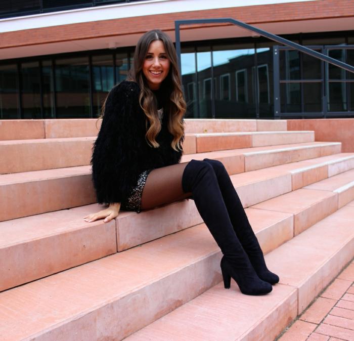 Overknee Damen-Stiefel mit Absatz aus Velours