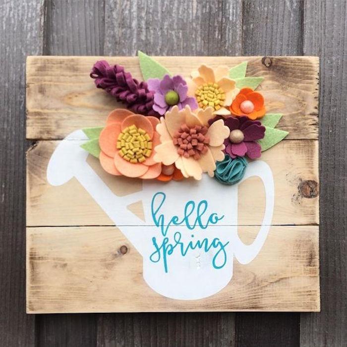 kreative Deko Idee, Blumenstrauß in Gießkanne, Holz