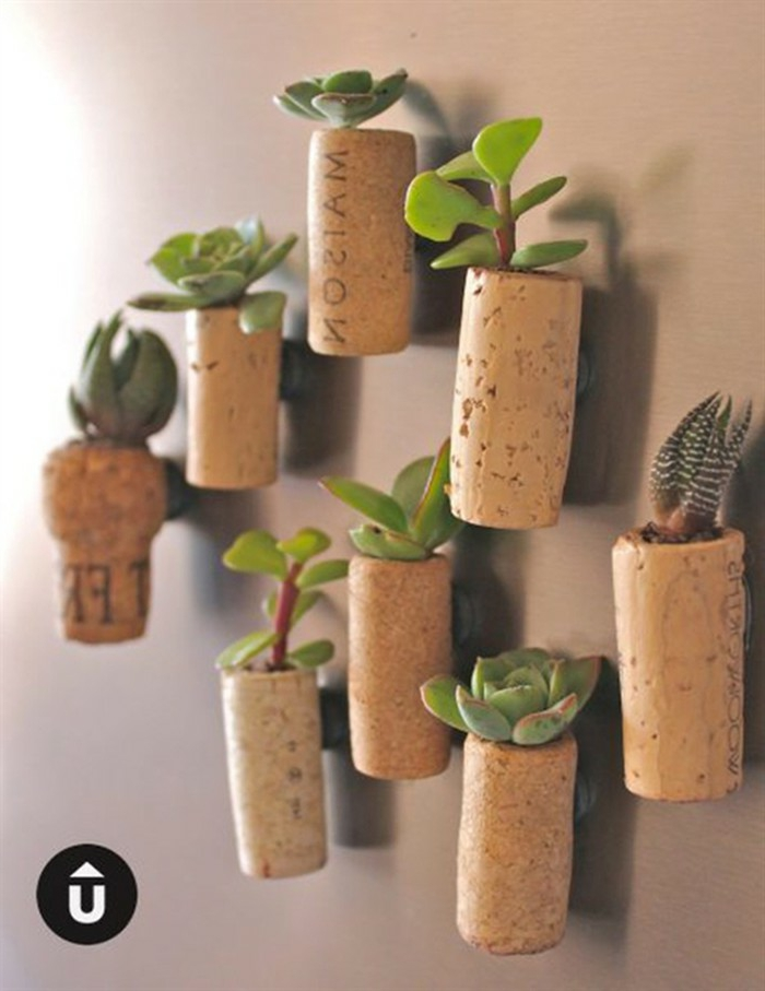 kreative Ideen, Weiterverwendung von Korken als Pflanzer, Magnete auf der Rückseite, Upcycling Ideen einfach