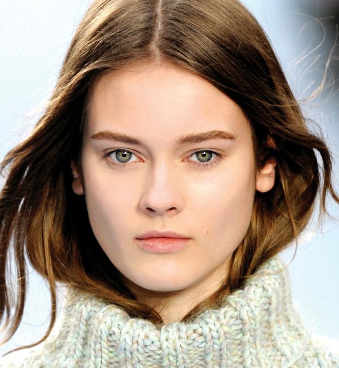 perfektes make up makeup ideen für grüne augen braune haare dicker pullover für den winter