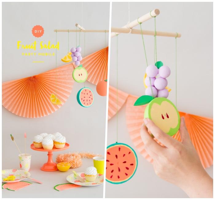 baby mobile basteln, partydeko ideen, kleine figuren aus styropor, bunte früchte, summerparty deko