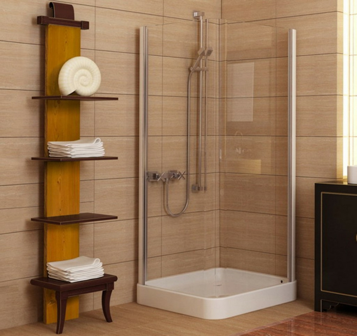 maritime Deko im Badezimmer, eckige Duschkabine große Fliesen - Badfliesen Ideen