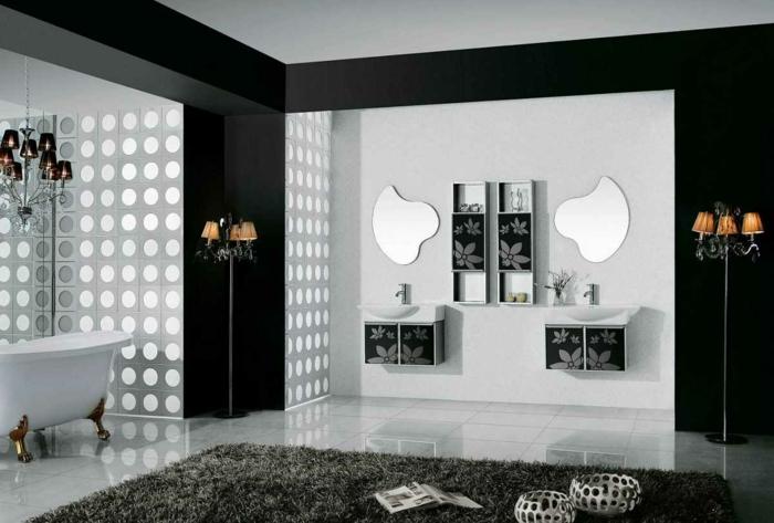 weiße Fliesen in modernem Badezimmer - Badfliesen Ideen - zwei Spiegel mit außergewöhnlicher Form