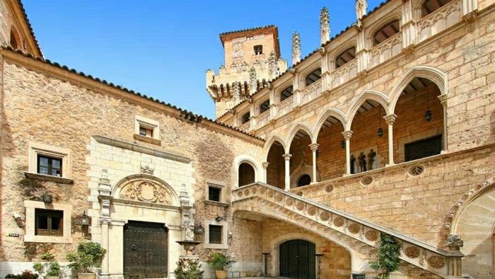 sehenswürdigkeiten auf mallorca interessante architektur kulturreise veranstalten