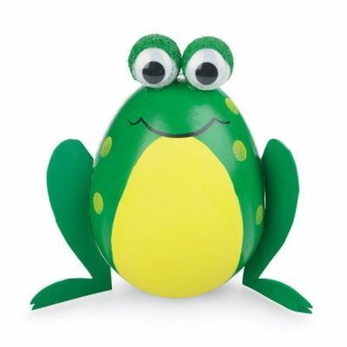 entzückender Frosch in grüner Farbe mit googly Augen - lustige Ostereier