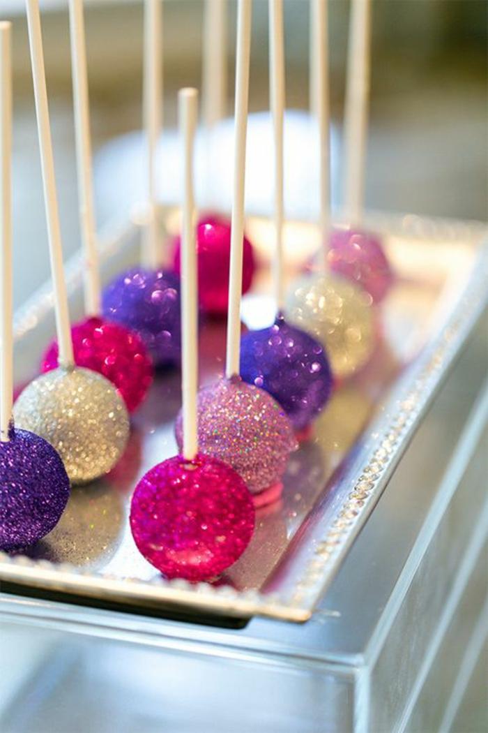 1001 ideen und beispiele f r cake pops rezepte - Cake pops 50 geburtstag ...