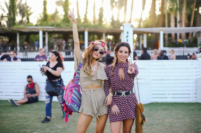 coachella mode musik genießenund mit stil erscheinen ideen kurze klamotten minimalistische bekleidung
