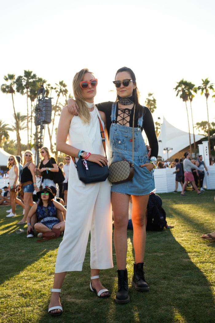coachella outfits für damen weiße farbe jeans bekleidung tasche in braun und in schwarz sandalen brille