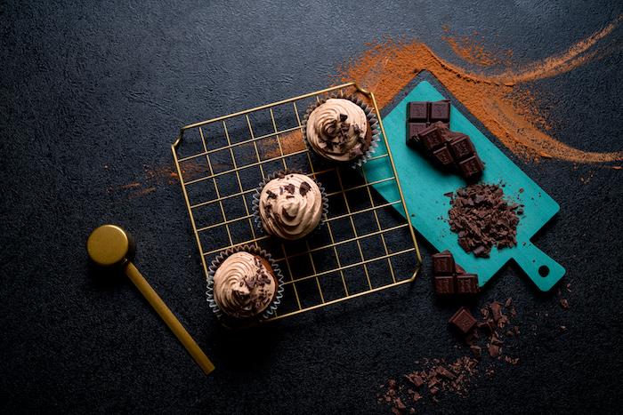 Cupcake Rezept einfach und schnell, Schoko Cupcakes mit Erdnusscreme