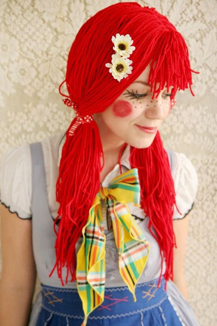 ein vintage rothaariges Mädchen DIY Faschingskostüm mit Sommersproßen Make up
