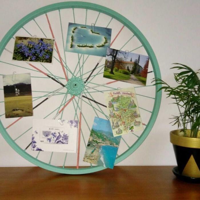 upcycling möbel, deko idee aus einem alten fahrrad das rad nehmen und zu hause als album verwenden