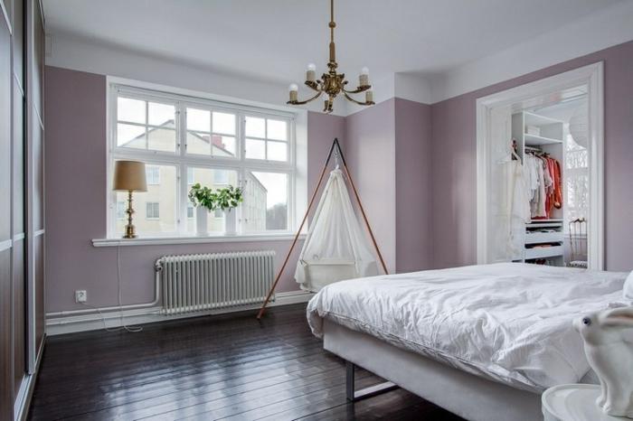 Wandfarbe lila Landhaus Dekotipps Fensterbank