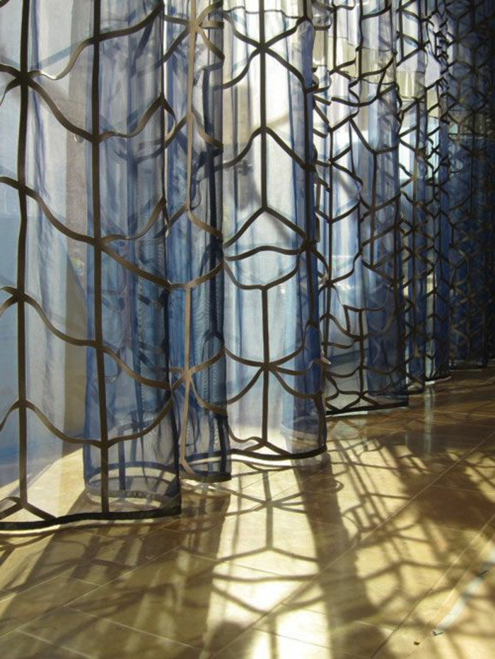 cooler transparenter vorhang für eine kreative fenstergestaltung