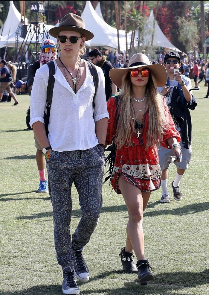 festival ideen mann und frau gehen zusammen spazieren sportlich bequemer stil breites hemd kurzes kleid