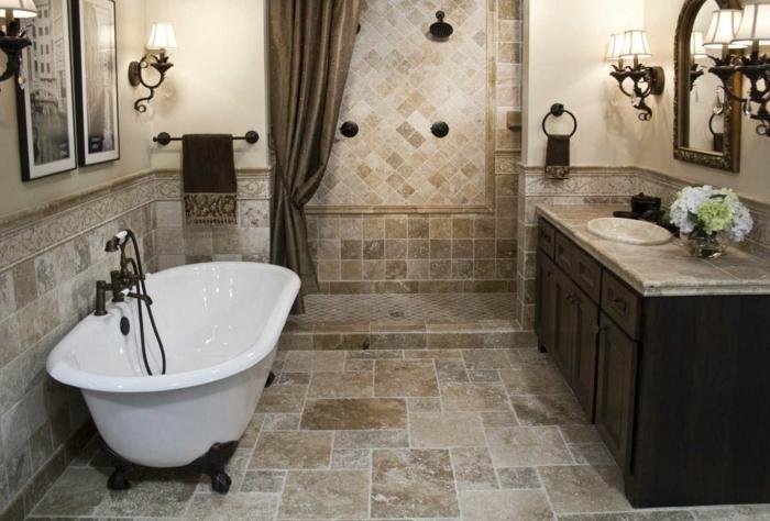 Bad Fliesen Beispiele braune Fliesen in verschiedene Größe und Ordnungen -Badewanne, Duschkabine und Waschbecke