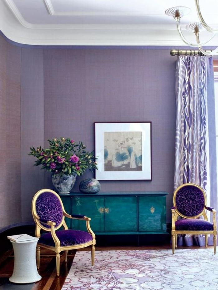 wunderschöner, moderner vorhang in weiß und lila
