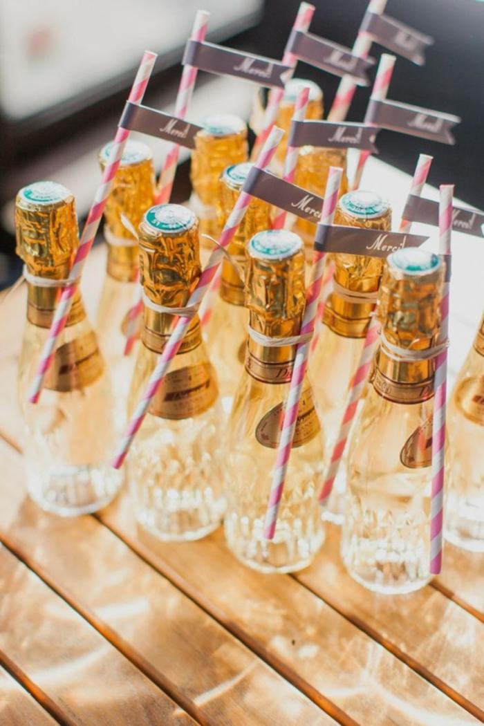 weinflaschen mit pesonalisiertem etikett, hochzeit, geschenke fuer gaeste