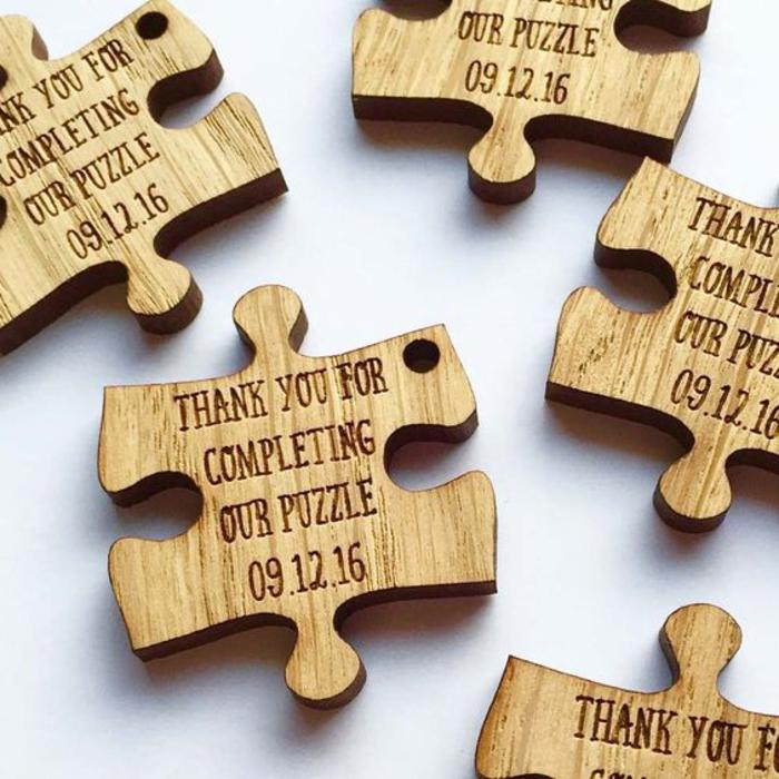 geschenke fur die gaeste selber machen, hochzeit, puzzle, magnet