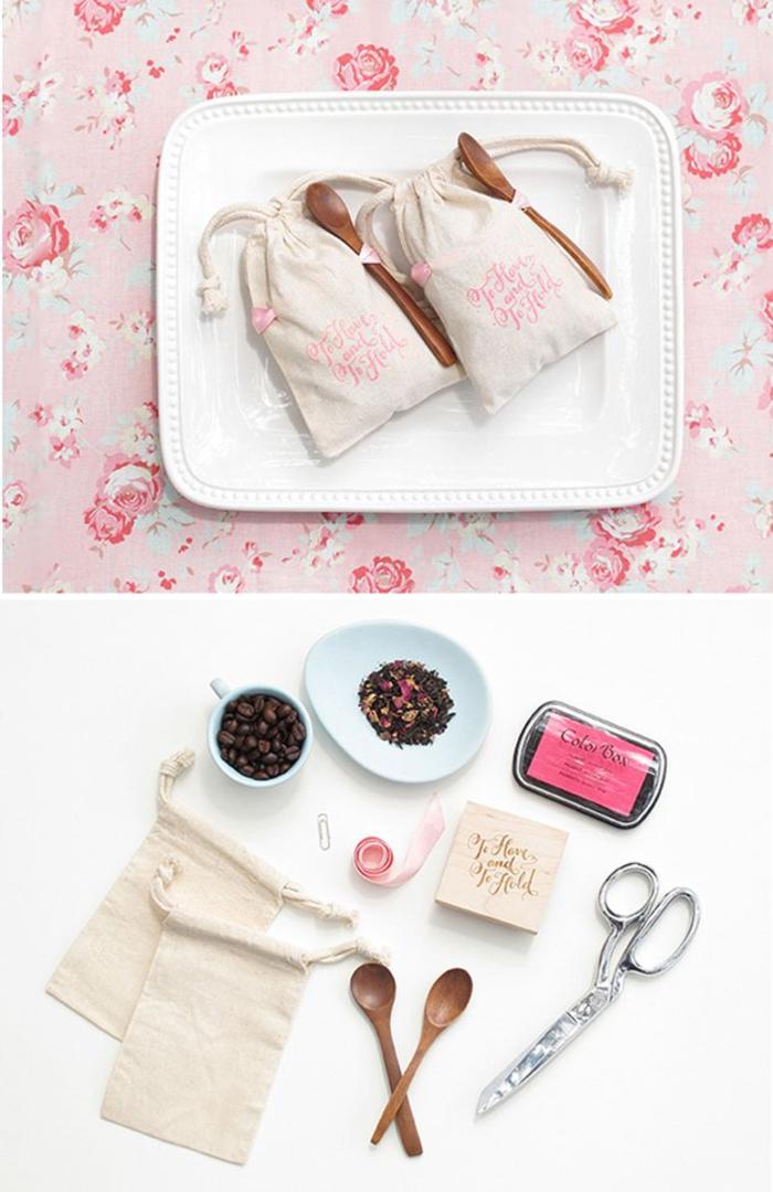 hochzeitsgeschenke fuer gaeste, paeckchen, mit kaffee und tee, rosa, baendchen, diy
