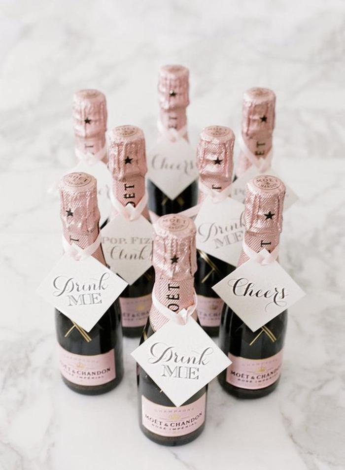 hochzeitsgeschenk, sektflasche, etikett, rosa, geschenke fuer gaeste