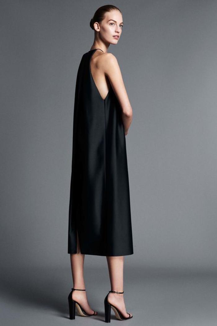 kleid in schwarz, mit traegern, lang, sommermode, schwarze pumps