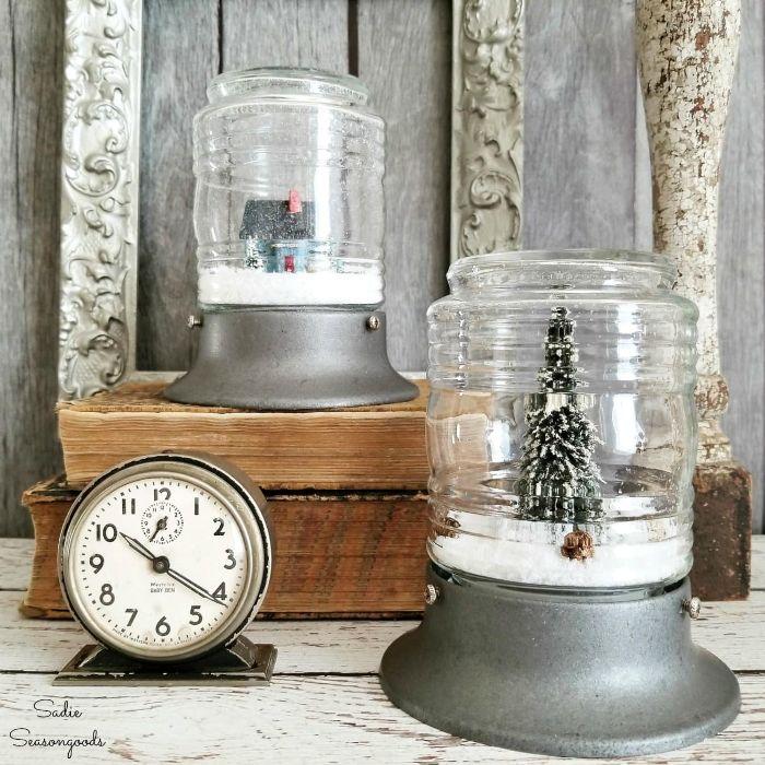 upcycling kleidung, möbel und dekorationen, aus altem glas prespappier machen, uhr, deko
