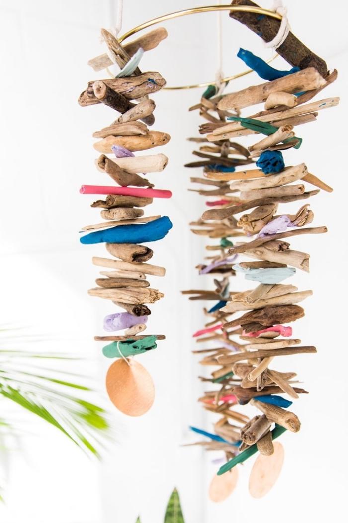 mobile selber basteln mit treibholz, diy bastelideen für zuhause, hängende dekoration, naturmaterialien