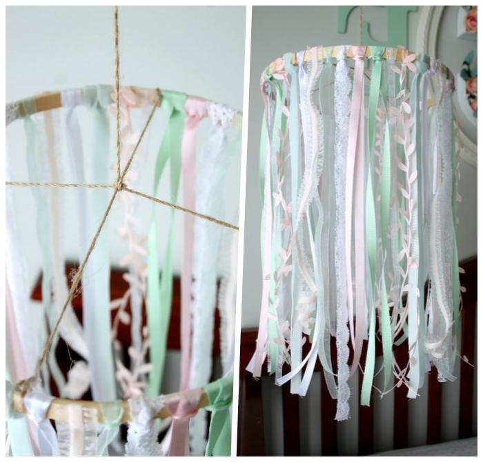 mobile selber machen aus bunten schleifen und spitzenbändern, diy ideen für zuhause, babyzimmerdeko
