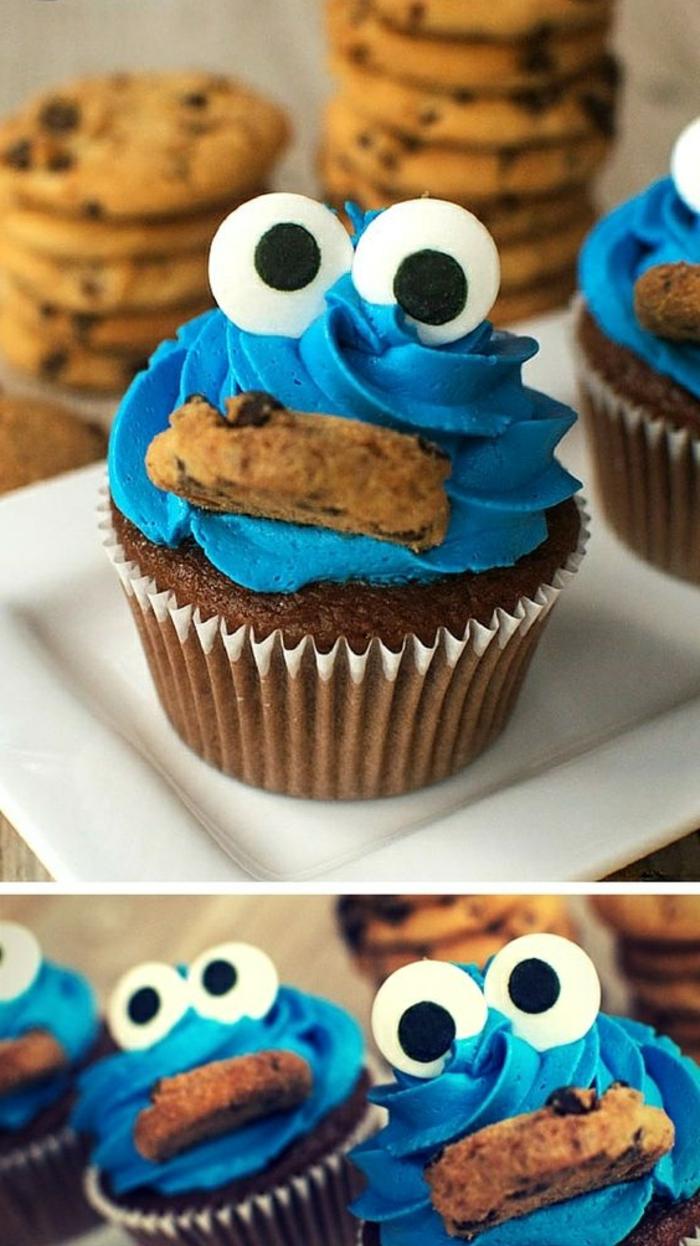 muffin dekoriert wie das keksemonster aus sahne und augen aus fondant