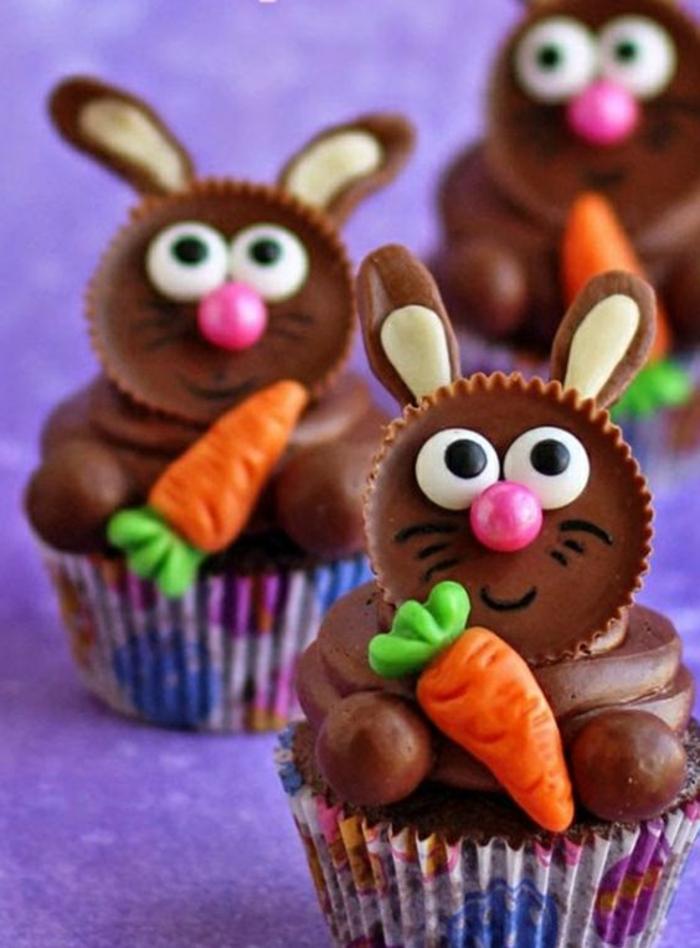 hasen aus schokolade mit karotten aus fondant und nasen aus bonbons