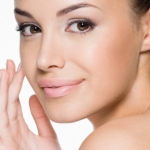 Natürliches Make Up in 9 einfachen Schritten schaffen