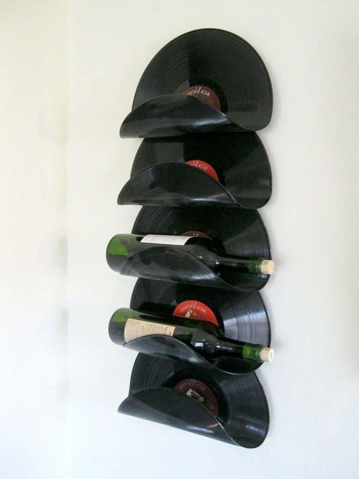 Weinregal aus alte Schallplatten, aus alt mach neu, Upcycling Ideen für alte Sachen, DIY Projekte