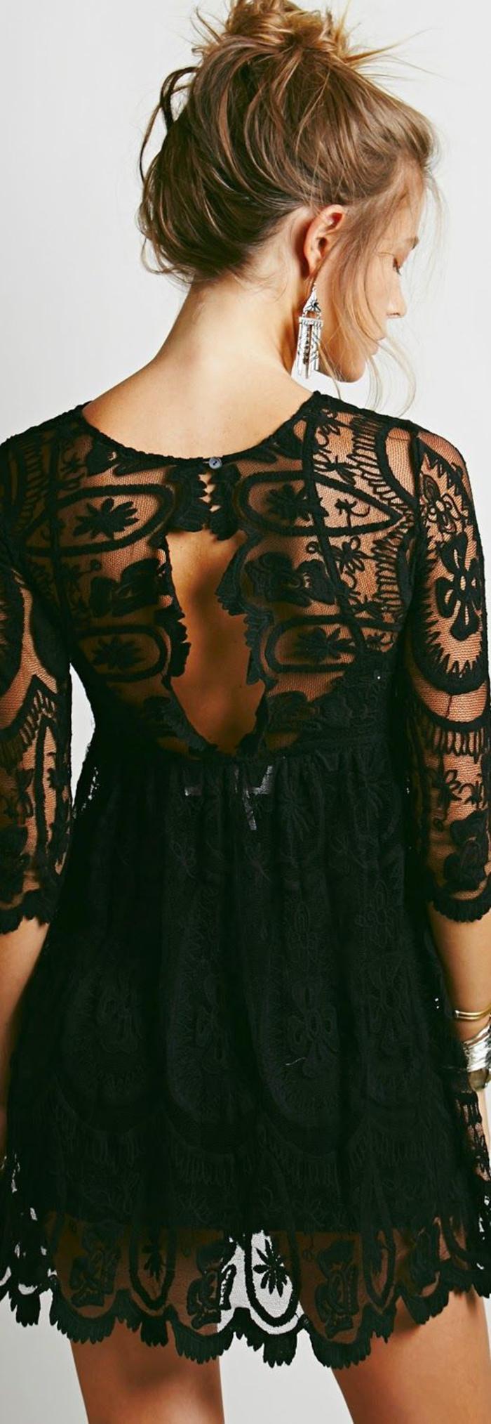 schwarzes kleid, spitze, aermel, kurz, lange ohrringe