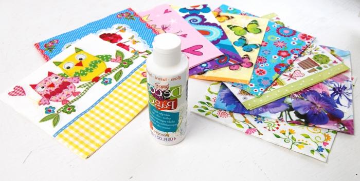 serviettentechnik kleber - servietten für serviettentechnik mit pinken herzen, einem pinken vogel, einem gelben vogel und schmetterlingen