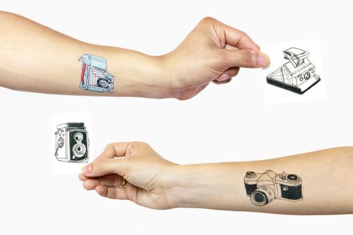 schöne tattoos auf die arme aufkleben tattoo selber machen künstliche tattoos ideen kamera