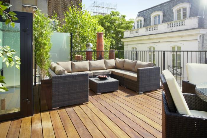 terrassengestaltung ideen zum einrichten und ausstatten von balkon und terrasse großes sofa