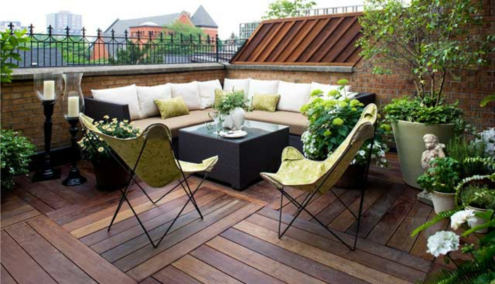 terrassen bilder schöne terrasse dachterrasse natürlicher look hölzerne umgebung grünund weiß deko