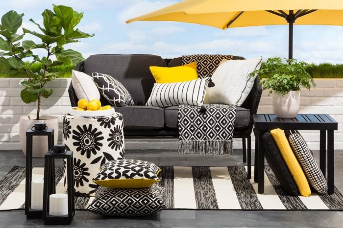 terrassen ideen einmalige dekoration für die terrasse oder für den balkon ideen in schwarz weiß und gelb