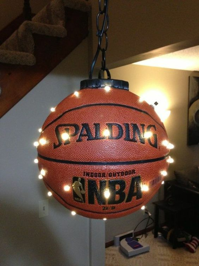 coole diy lampe aus basketball -upcycling ideen