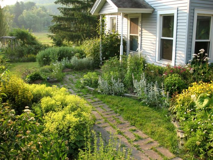 ein ungepflegter Garten, der doch so schön aussieht - Vorgarten Ideen