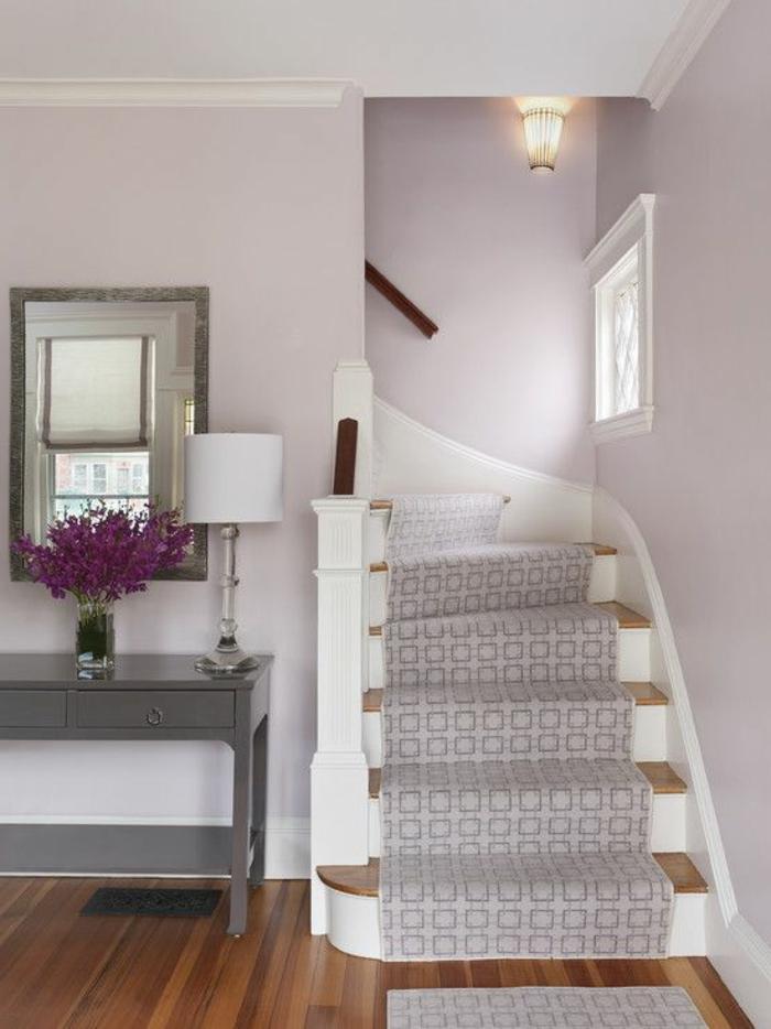 Gestaltung Treppenbereich Treppenaufgang mit Treppenläufer